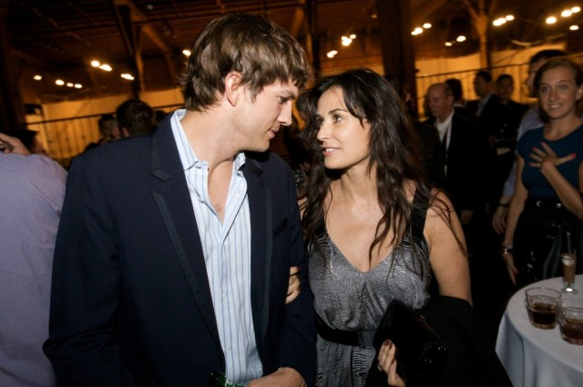 Ashton-Kutcher-and-Demi-Moore-Finally-Divorced-1031-1-1024x680