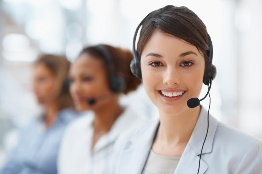 iStock_000012107877_Customer-Service