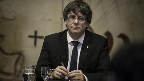 Barcelona 10 10 2017 Politica Carles Puigdemont durante la reunion de Govern de hoy FOTOGRAFIA DE JOAN CORTADELLAS